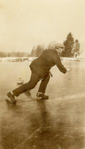 Curling outside 1920s