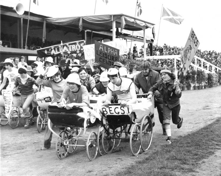 The race took place at Annfield Stadium on 18th May during the Queen's visit