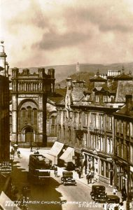 Postcards showing North Parish Church in Murray Place