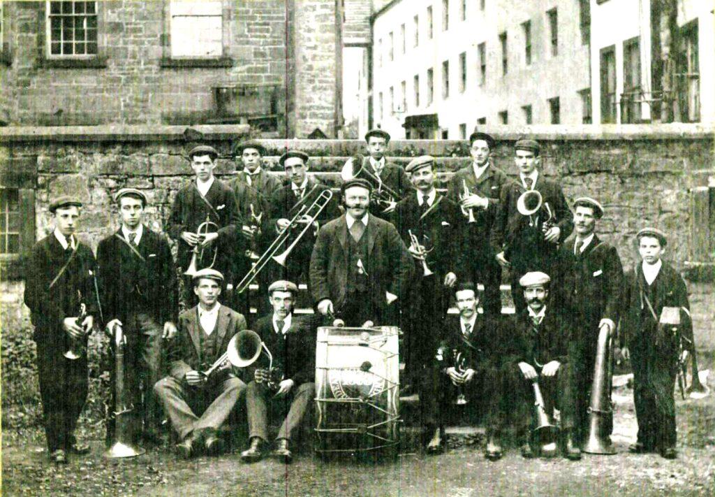 Deanston Brass Band c.1920 (Image courtesy of John Blackwood, Doune)