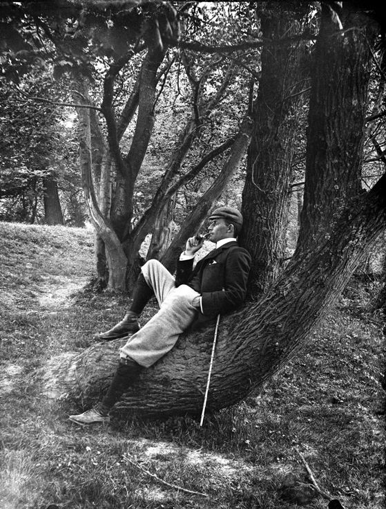 Time for a breather c.1910